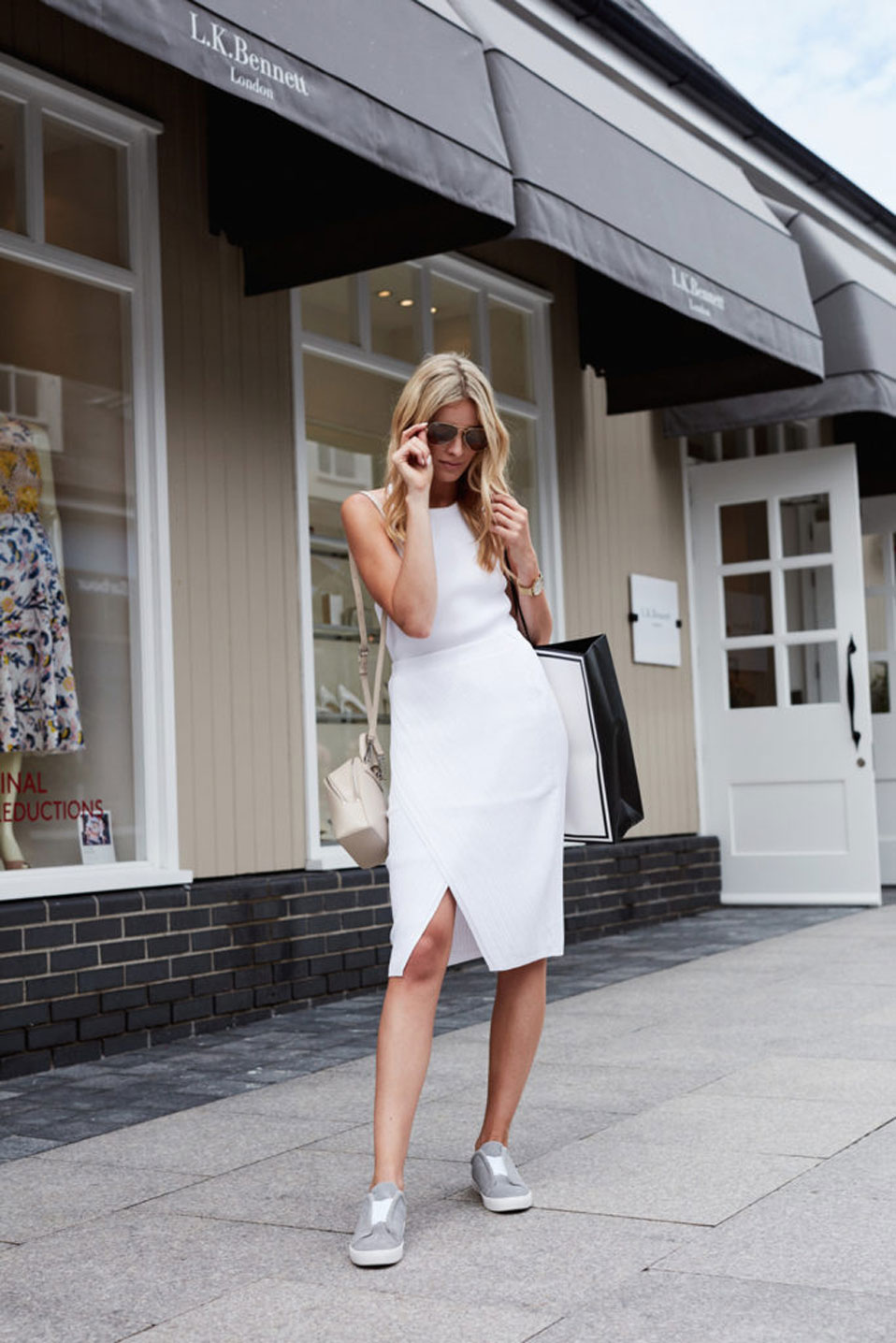 DKNY LOUISE COONEY KILDARE VILLAGE