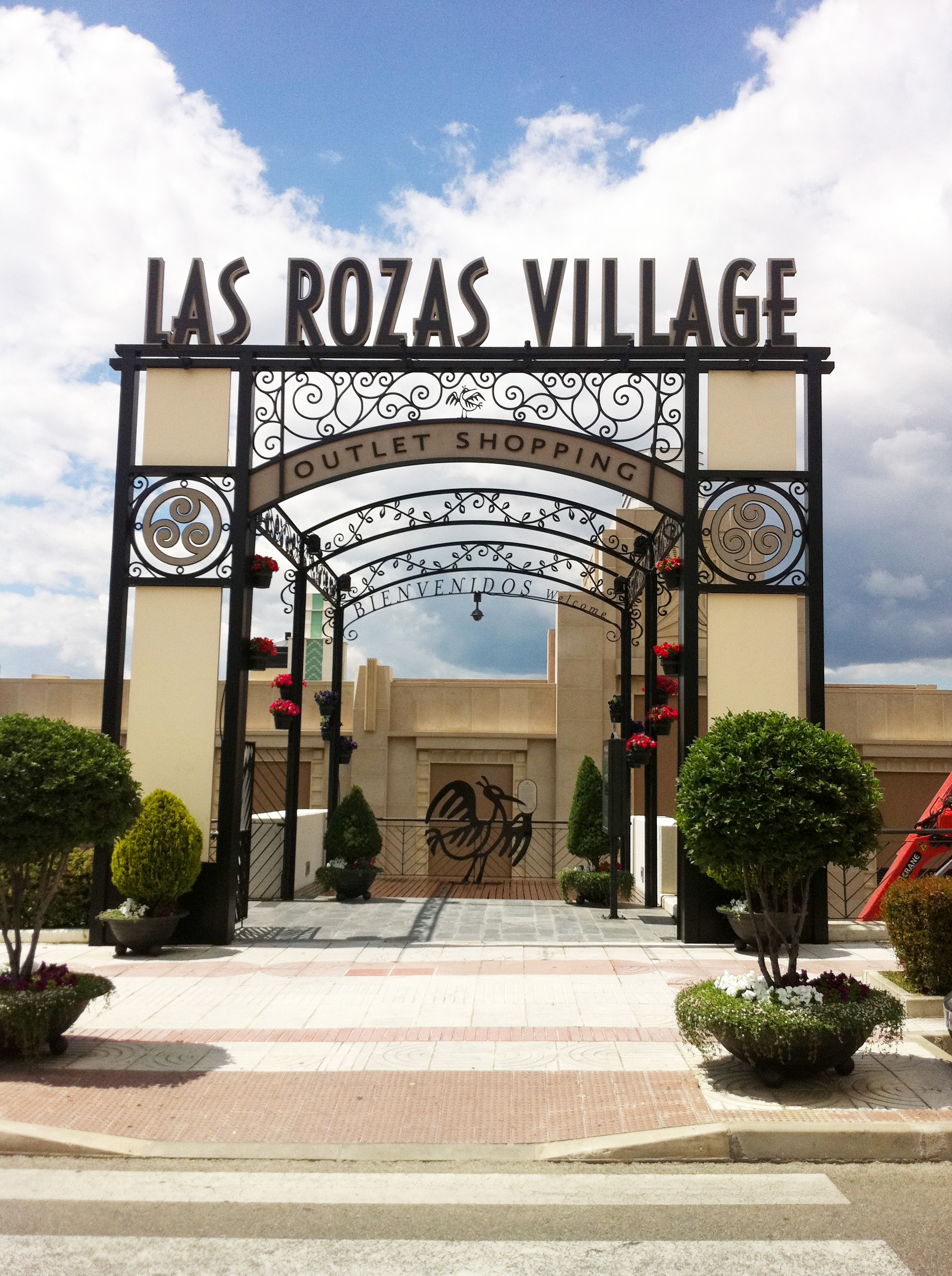 Compras en outlets de dise adores las rozas village - The first outlet las rozas ...