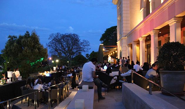 Noche terraza hotel miramar