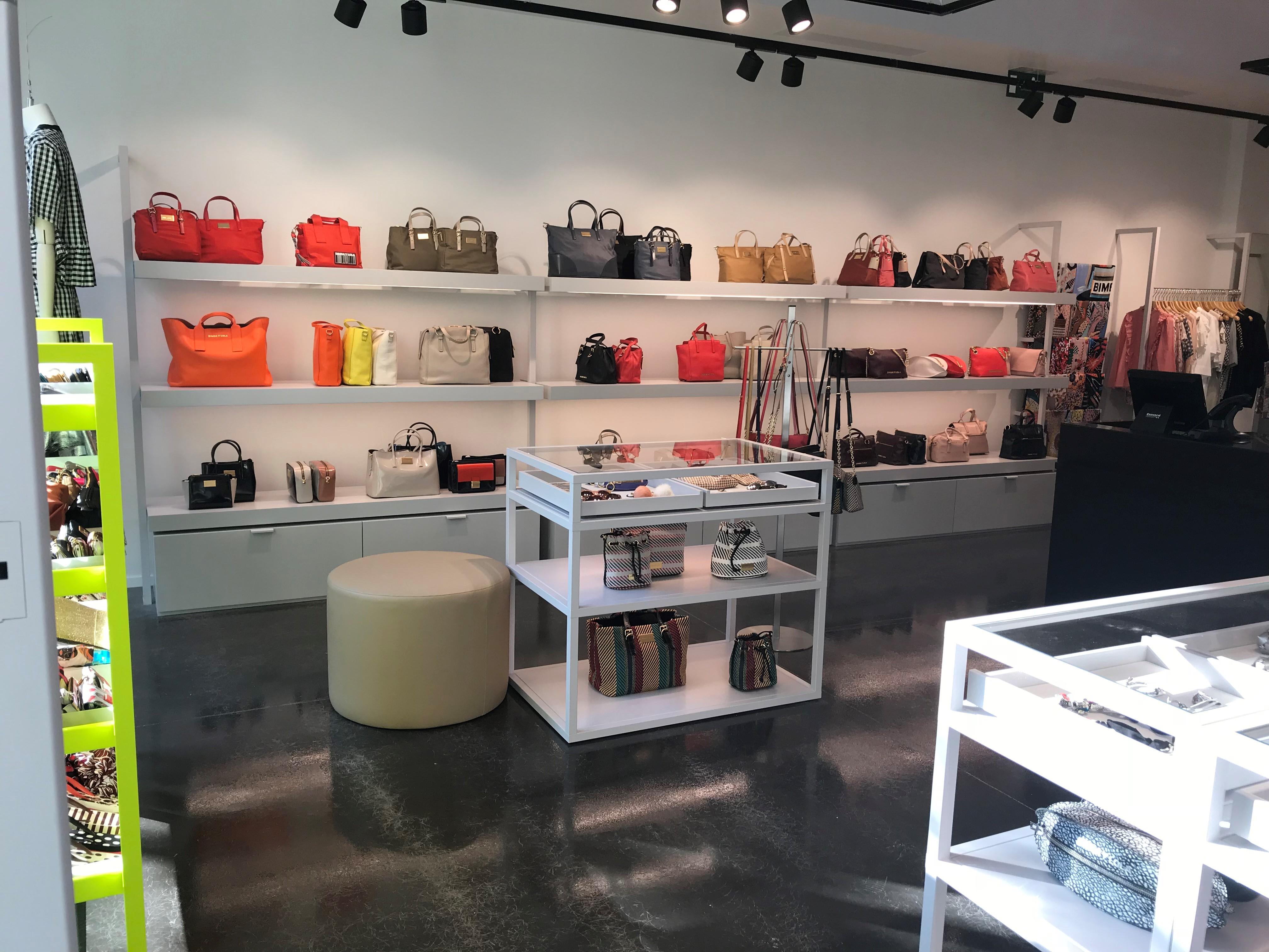 comprar bien volumen grande zapatos deportivos Tienda Outlet de Bimba y Lola • Las Rozas Village
